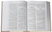 صورة الكتاب المقدس بالخلفيات التوضيحية - غلاف مقوى